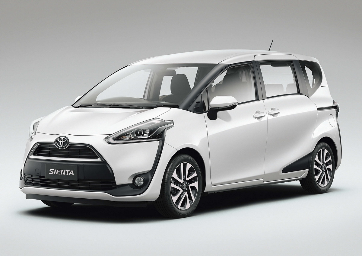 Фото Toyota Sienta